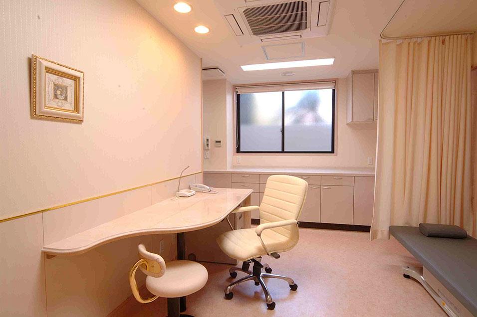 診察室 Medical examination room