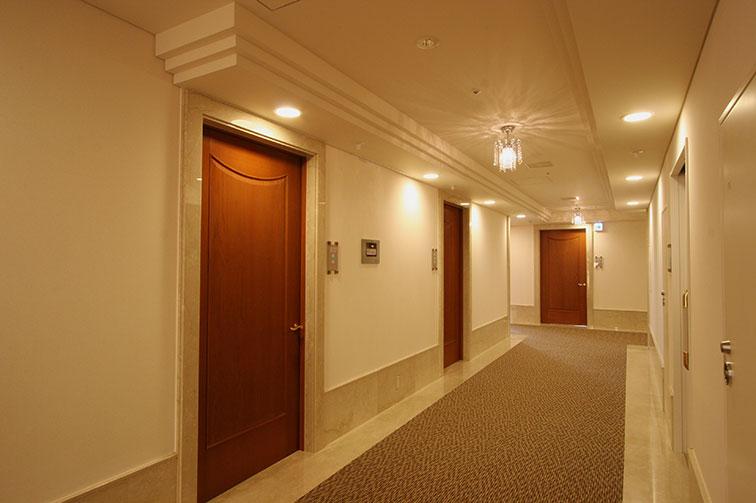 入院室廊下 The third floor / Hospitalization room ・ Passage
