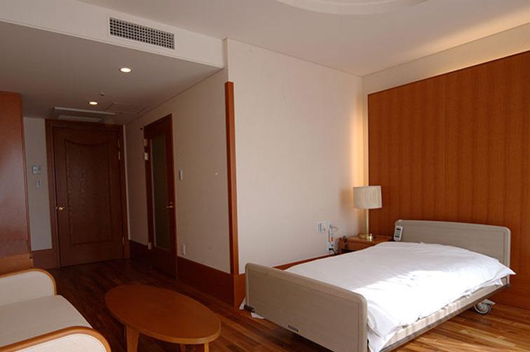 入院室(1) The fourth floor / Hospitalization room(1)