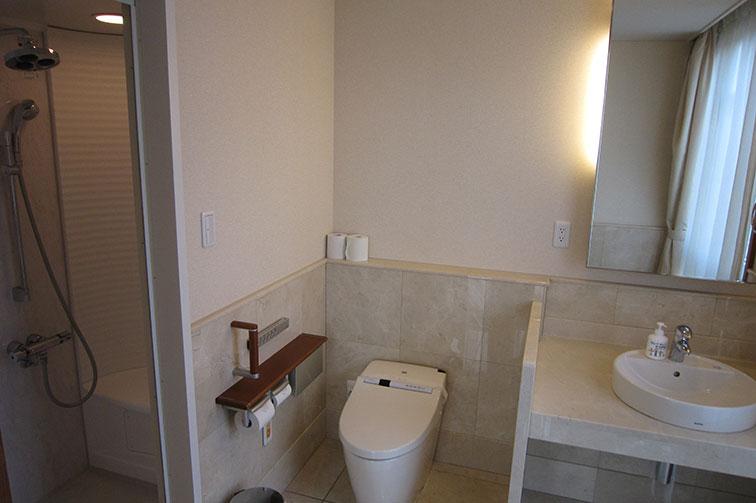 入院室トイレ The fourth floor / Hospitalization room ・ Rest room