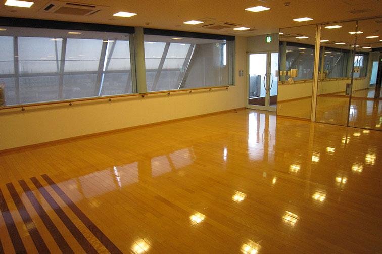 マタニティビクス教室(2) The sixth floor / Maternity classroom(2)